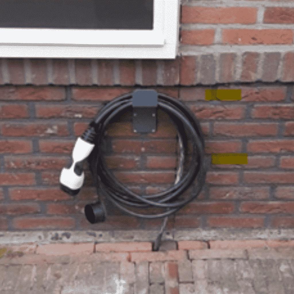Enkel kabel zichtbaar bij hidden laadpaal